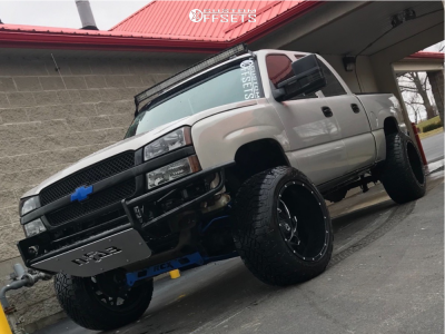 "2005 Chevrolet Silverado 1500 Classic - 22x14 -76mm - Dropstars 652bm - Suspension Lift 6"" - 325/50R22"