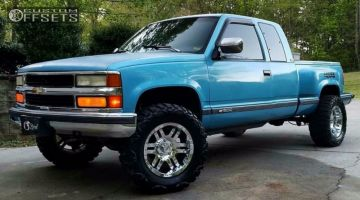 "1993 Chevrolet K1500 - 18x9 18mm - Moto Metal Mo951 - Suspension Lift 4"" - 33"" x 12.5"""