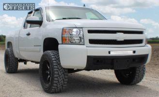 """2009 Chevrolet Silverado 1500 - 20x10 -24mm - Fuel Nutz - Suspension Lift 5"""" - 305/55R20"""