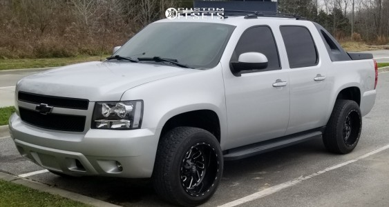 2012 Chevrolet Avalanche - 20x12 -43mm - Fuel Triton - Leveling Kit - 275/55R20