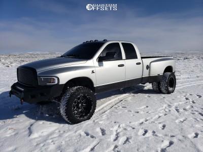 "2005 Dodge Ram 3500 - 20x12 -44mm - Fuel Maverick - Leveling Kit - 35"" x12.5"""