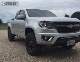 2015 Chevrolet Colorado - 17x8 0mm - Moto Metal MO970 - Leveling Kit - 265/70R17