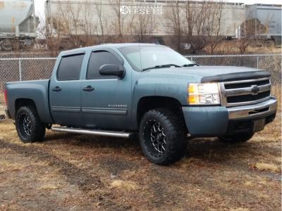 "2009 Chevrolet Silverado 1500 - 20x10 -24mm - XD Xd820 - Leveling Kit - 33"" x 12.5"""