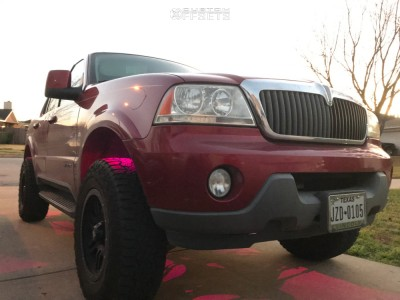 2004 Lincoln Aviator - 17x8.5 0mm - Dx4 Type 7s - Leveling Kit - 245/70R17