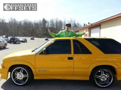 2003 Chevrolet Blazer - 20x10 1mm - Boss Sinister - Lowered on Springs - 255/20R20