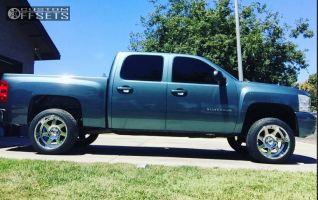 2011 Chevrolet Silverado 1500 - 20x12 -44mm - Moto Metal MO976 - Leveling Kit - 285/50R20