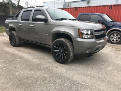 2007 Chevrolet Avalanche - 20x10 -24mm - XD Heist - Leveling Kit - 275/55R20