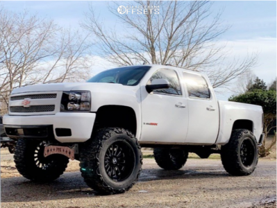 "2008 Chevrolet Silverado 1500 - 22x12 -44mm - Hostile Fury - Suspension Lift 10"" - 40"" x 15.5"""