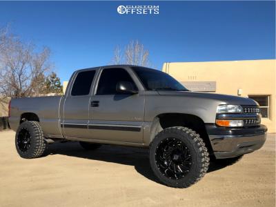 "1999 Chevrolet Silverado 1500 - 20x12 -44mm - Hardrock Crusher H704 - Suspension Lift 4.5"" - 33"" x 12.5"""