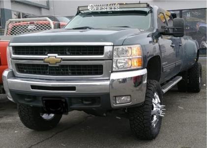 "2009 Chevrolet Silverado 3500 HD - 20x8.25 127mm - Cali Offroad Brutal - Suspension Lift 7"" - 35"" x 12.5"""