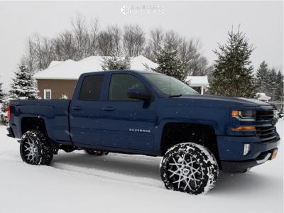 "2018 Chevrolet Silverado 1500 - 22x12 -44mm - XD Xd203 - Suspension Lift 6"" - 33"" x 12.5"""