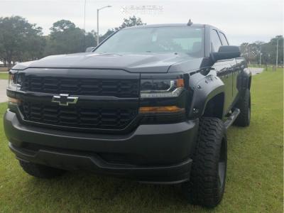 "2017 Chevrolet Silverado 1500 - 20x12 -44mm - Mayhem Combat - Suspension Lift 6.5"" - 35"" x 12.5"""