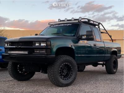 """1997 Chevrolet K1500 - 17x9 -12mm - Pro Comp Series 44 - Suspension Lift 4"""" - 35"""" x 12.5"""""""