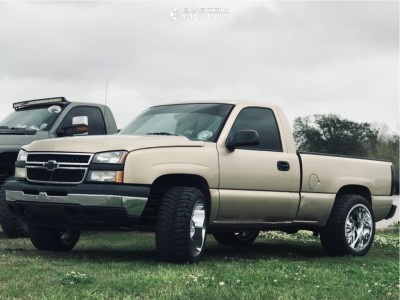 "2006 Chevrolet Silverado 1500 - 22x12 -44mm - RBP 66r - Suspension Lift 3"" - 33"" x 12.5"""