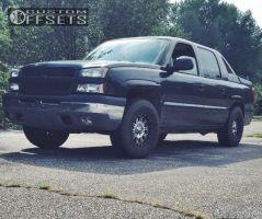 2004 Chevrolet Avalanche - 16x9 -12mm - Xd Addict - Leveling Kit - 285/75R16