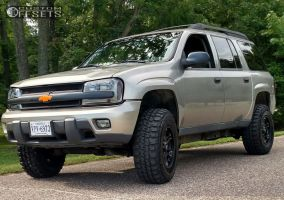 2003 Chevrolet Trailblazer - 17x9 25mm - Ultra Mongoose - Leveling Kit & Body Lift - 285/70R17