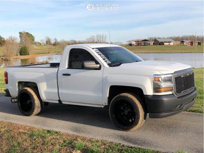 "2016 Chevrolet Silverado 1500 - 20x12 -44mm - Hardrock Gunner H705 - Level 2"" Drop Rear - 295/45R20"