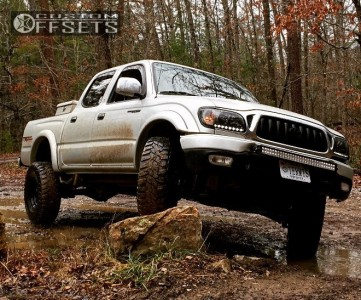 """2001 Toyota Tacoma - 15x8 -12mm - Pacer Soft 8 - Suspension Lift 3"""" - 275/65R15"""