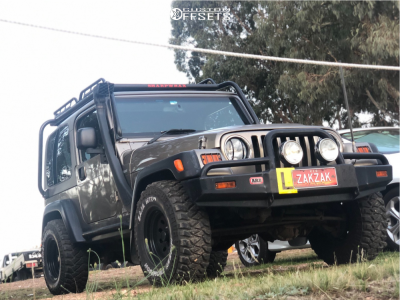 "2006 Jeep TJ - 15x8.5 0mm - Hayashi Racing Sun Raysia - Stock Suspension - 31"" x 10.5"""