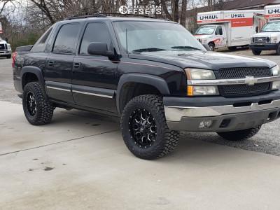 2003 Chevrolet Avalanche 1500 - 18x9 -12mm - Mayhem Warrior - Leveling Kit - 285/60R18
