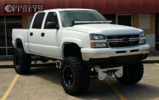 """2006 Chevrolet Silverado 1500 - 20x12 -44mm - XD Armour - Lifted >9"""" - 38"""" x 15.5"""""""