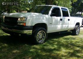 2007 Chevrolet Silverado 2500 HD Classic - 20x10 -19mm - Hostile Sprocket - Stock Suspension - 305/50R20