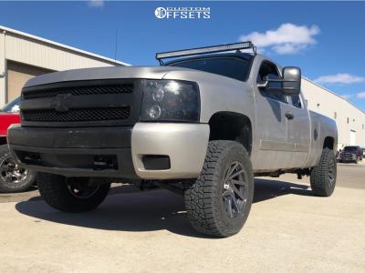 "2008 Chevrolet Silverado 1500 - 18x9 18mm - XD Xd834 - Suspension Lift 3.5"" - 275/70R18"