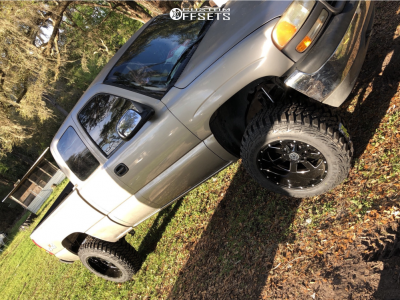 "2000 GMC Sierra 1500 - 20x12 -44mm - Hardrock Tank H706 - Suspension Lift 6"" - 35"" x 12.5"""