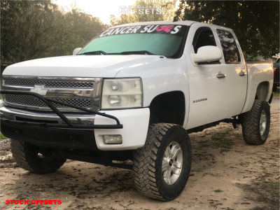 """2010 Chevrolet Silverado 1500 - 18x8 31mm - Spaced Out Stockers Spaced Out Stockers - Suspension Lift 6"""" & Body 3"""" - 35"""" x 12.5"""""""