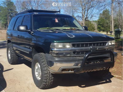 2003 Chevrolet Tahoe - 16x7 31mm - Spaced Out Stockers Spaced Out Stockers - Air Suspension - 315/75R16