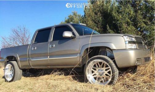 """2003 Chevrolet Silverado 2500 HD - 24x12 -40mm - American Force Trax Ss - Level 2"""" Drop Rear - 305/35R24"""