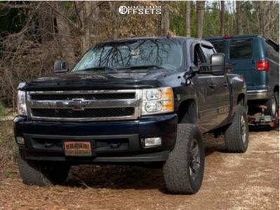 "2007 Chevrolet Silverado 1500 - 20x8.5 10mm - Xd Xd775 - Suspension Lift 6"" - 33"" x 12.5"""