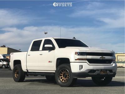 "2017 Chevrolet Silverado 1500 - 18x9 -12mm - Method Nv - Stock Suspension - 33"" x 12.5"""