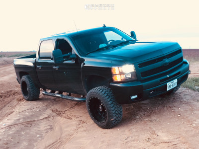 "2011 Chevrolet Silverado 1500 - 20x12 -44mm - American Truxx Striker - Suspension Lift 4.5"" - 33"" x 12.5"""
