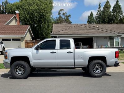 "2014 Chevrolet Silverado 1500 - 17x8.5 0mm - Method Nv - Suspension Lift 4.5"" - 315/70R17"
