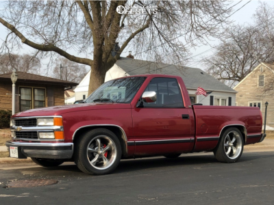 1992 Chevrolet C1500 - 18x8 0mm - Ridler Style 695 - Lowered 4F / 6R - 245/50R18
