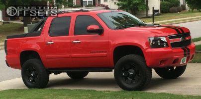 "2008 Chevrolet Avalanche - 18x10 0mm - KMC Rockstar - Suspension Lift 6"" - 325/65R18"