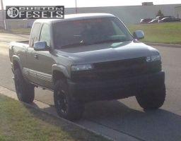 2001 Chevrolet Silverado 1500 - 16x9.5 -12mm - Moto Metal MO951 - Leveling Kit - 305/70R16
