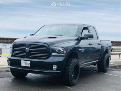 "2013 Dodge 1500 - 20x12 -43mm - Fuel Triton D581 - Leveling Kit - 33"" x 12.5"""