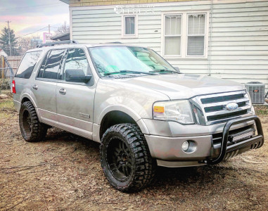 """2009 Ford Expedition - 20x9 -12mm - Moto Metal Mo951 - Suspension Lift 3"""" - 33"""" x 12.5"""""""