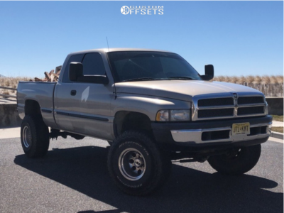 "1998 Dodge Ram 1500 - 15x12 -73mm - Mickey Thompson Classic Iii - Suspension Lift 3"" - 35"" x 12.5"""