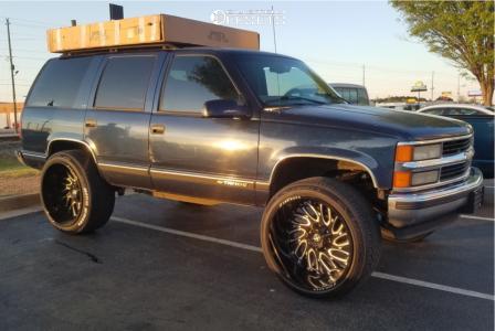 "1999 Chevrolet Tahoe - 26x14 -76mm - Xf Offroad Xf-207 - Suspension Lift 6"" - 315/40R26"