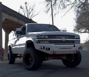 Fuel Maverick 18x12 -44