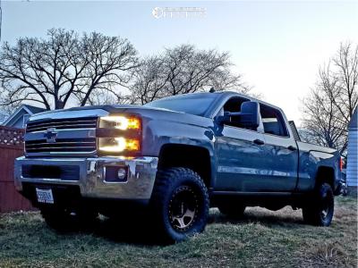2015 Chevrolet Silverado 2500 HD - 17x8.5 0mm - Method Con6 - Leveling Kit - 295/70R17