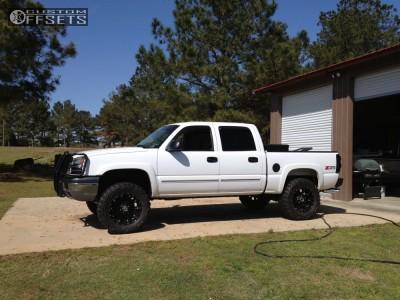 "2005 Chevrolet Silverado 1500 - 20x9 -12mm - XD Hoss - Suspension Lift 6"" - 35"" x 12.5"""