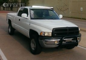 2000 Dodge Ram 1500 - 16x8 31mm - Stock Stock - Stock Suspension - 265/75R16