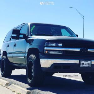 """2003 Chevrolet Tahoe - 20x10 -24mm - Moto Metal Mo970 - Leveling Kit - 33"""" x 12.5"""""""