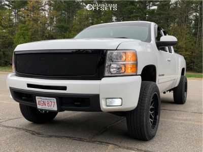 "2010 Chevrolet Silverado 1500 - 20x10 -25mm - Toxic Punisher - Suspension Lift 3.5"" - 275/60R20"