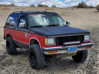 "1989 Chevrolet S10 Blazer - 15x7 -6mm - American Racing Ar172 - Suspension Lift 2.5"" - 235/75R15"