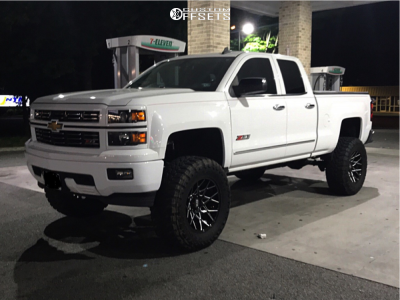 "2015 Chevrolet Silverado 1500 - 20x10 -24mm - XD Xd831 - Suspension Lift 6"" - 37"" x 13.5"""